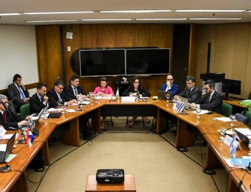 As relações internacionais aumentando o volume de trabalho dos tradutores juramentados